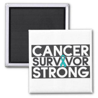 Superviviente peritoneal del cáncer fuerte iman