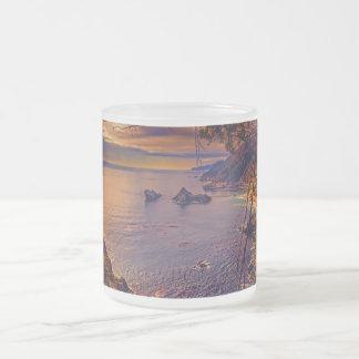 Sur grande, en una taza del vidrio esmerilado 10oz