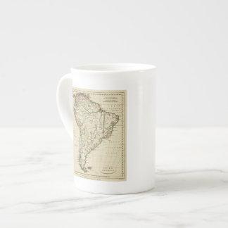 Suramérica con los límites resumidos taza de porcelana