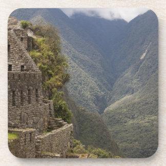 Suramérica, Perú, Machu Picchu. Ruinas de la piedr Posavasos De Bebidas