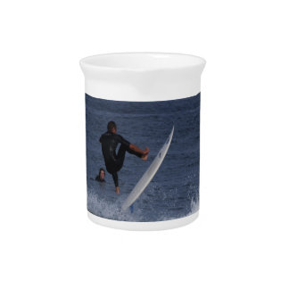 Surf Action Pitcher