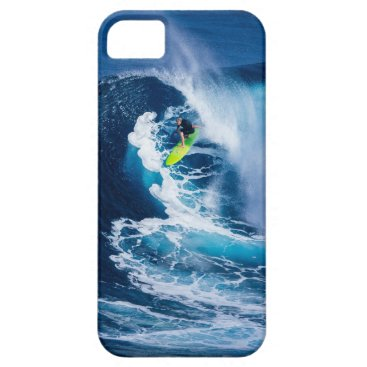 Beach Themed Surfer on Green Surfboard iPhone SE/5/5s Case