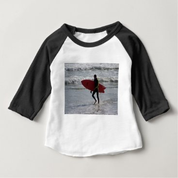 Surfer with surf board with waves baby T-Shirt