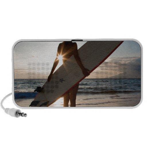 surfergirl.jpg mini altavoz