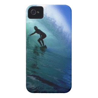 Surfing green wave iPhone 4 case