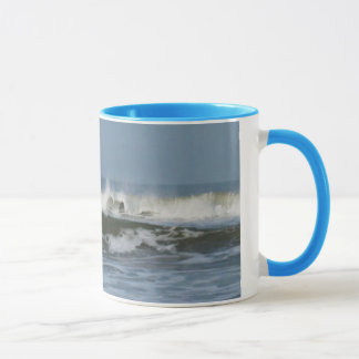 SURFS UP! MUG