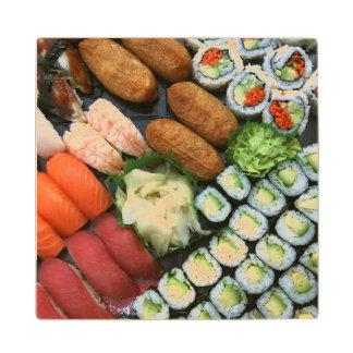 Surtido de favoritos japoneses del sushi posavasos de arce