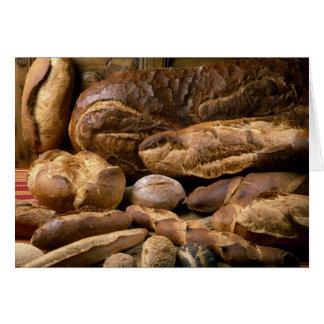 Surtido de panes del estilo rural para el uso aden felicitacion