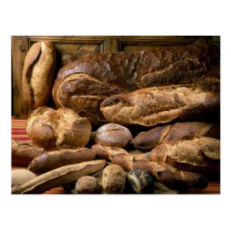 Surtido de panes del estilo rural para el uso aden postal