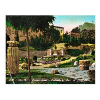 Sus, castillo y arco de Augustus Tarjeta Postal