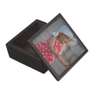 Sus faves en una caja de regalo cajas de recuerdo de calidad