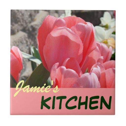Sus tulipanes de las baldosas cerámicas de la tabl tejas  ceramicas