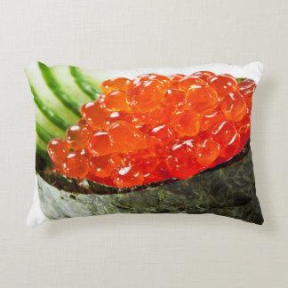 Sushi de Ikura (hueva de color salmón) Gunkan Maki Cojín