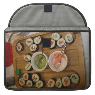 Sushi en un personalizado de la placa funda para macbook pro