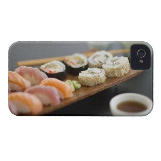 Sushi japonés tradicional iPhone 4 Case-Mate carcasas