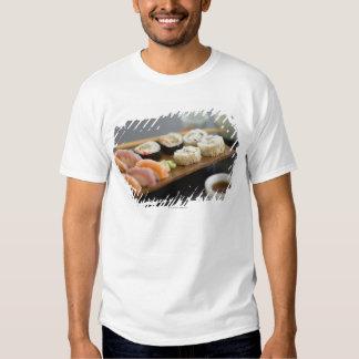 Sushi japonés tradicional playera