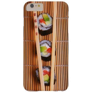 Sushi y palillos de madera funda de iPhone 6 plus barely there