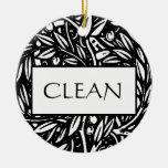 Suspensión sucia limpia blanco y negro del ornamento de navidad