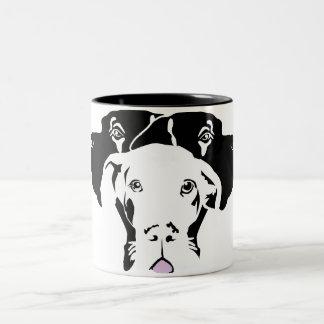 Süße Dogge in weiß Two-Tone Coffee Mug