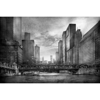 City - Chicago, IL - Looking toward the future BW