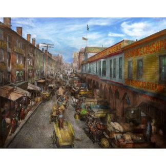 City - Baltimore MD - Traffic on light street 1906