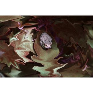 Frog on leaf purplish abstract blur