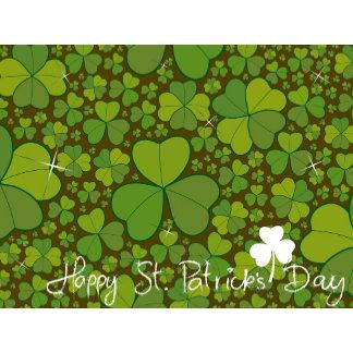 :: Four Leaf Clovers Pattern