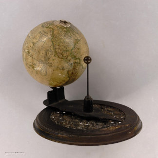 New Solar Telluric Globe