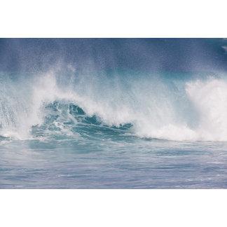 Blue wave crashing, Maui, Hawaii, USA 3