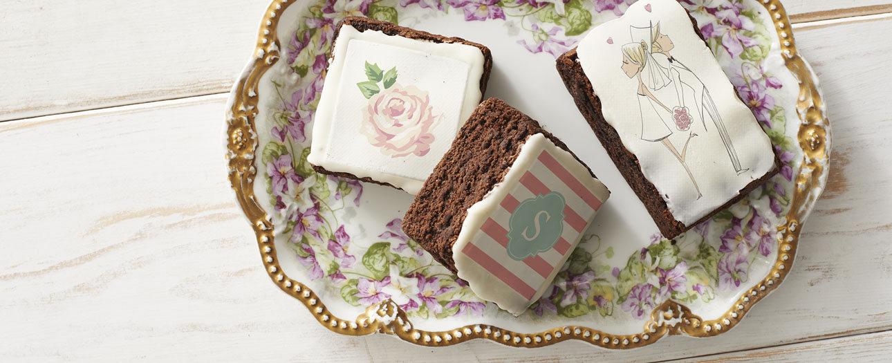 Da un toque especial a tu boda con galletas, brownies y chocolates personalizados.