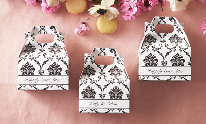 Browse our collection of wedding favor boxes that you can customize!