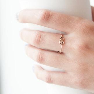 Anillo Oro-Llenado complejo del nudo de la dama de