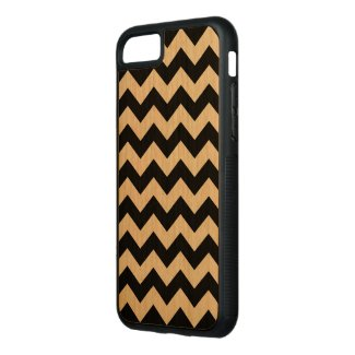 Horizontal Black and Transparent Zigzag Carved iPhone 7 Case