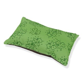 Clover Over and Over Pet Bed
