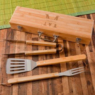 Personalized Monogram Grilling Set w/Bamboo Case