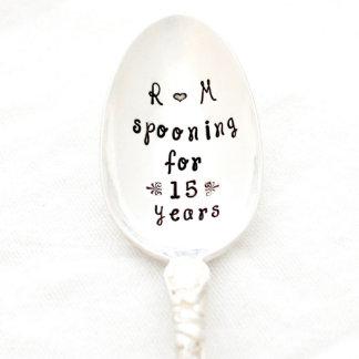 """Cuchara personalizada """"que cucharea por 15 años"""""""
