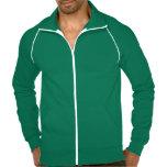 """<p>La popular chaqueta deportiva de forro polar californiano de American Apparel es extragruesa para mantener mejor el calor, a la vez que transpirable.  Esta chaqueta, confeccionada al 100% con algodón extrasuave hilado en anillos, es la opción más cómoda para salir a andar, correr o simplemente para disfrutar del aire libre. Además, puedes personalizarlos a tu estilo.</p> <p>Talla y estilo</p><ul> <li>Altura de modelo: 6'1"""". Lleva la talla grande.</li> <li>Estilo ajustado.</li> <li>Unisex.</li> </ul> <p>Material y cuidados</p> <ul> <li>Forro polar californiano 100% algodón.</li> <li>Diseño con mangas de ranglán y bolsillo frontal.</li> <li>Ribetes y cremallera de nailon en contraste en blanco (la cremallera cierra hasta la parte superior del cuello).</li> <li>Fabricada en EE. UU.</li> <li>Lavable a máquina en frío.</li> </ul>"""