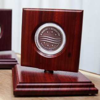 Exhibición de Padauk del africano para las monedas Exhibidor De Monedas