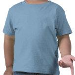 <p>Esta playera da la talla hasta en los días de juego más intensos de tu pequeño. Se elabora al 100% con algodón de Jersey ultrasuave. Cuenta con cuello redondo con punto de cordoncillo y mangas y borde inferior con costura doble para que dure hasta que se le quede pequeña. Personaliza uno de los diseños de nuestra comunidad de diseñadores o deja volar tu imaginación y personaliza la tuya.</p> <p>Talla y estilo</p> <ul><li>Ajuste estándar.</li> <li>Las tallas quedan ligeramente pequeñas.</li></ul> <p>Material y cuidados</p> <ul><li>100% algodón de 5.5 oz.</li> <li>Con cinta de hombro a hombro y cuello redondo de cordoncillo.</li> <li>Borde inferior y mangas de costura doble.</li> <li>De importación.</li> <li>Lavable a máquina.</li> </ul>