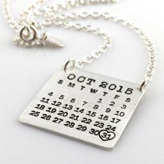 Marque su collar del calendario - caída superior