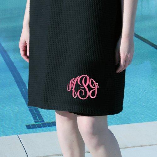 Black Velour Spa Wrap with Circle Monogram