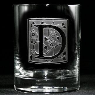 Vidrio con monograma del whisky de las vides de la