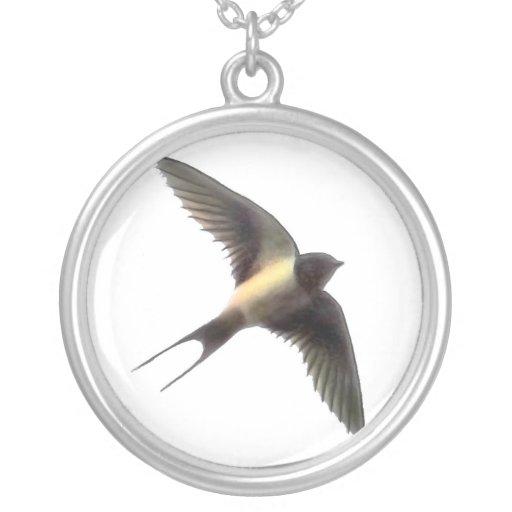 Swallow Round Pendant Necklace