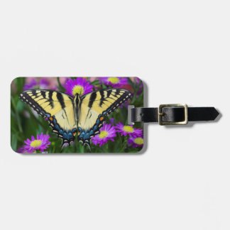 Swallowtail Butterfly on daisy Bag Tag
