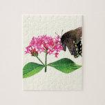 Swallowtail negro en Lantana rosado Rompecabeza