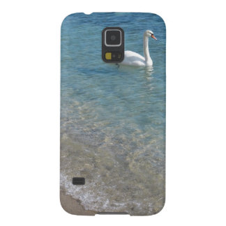 Swan in crystal clear shallow sea water galaxy s5 case