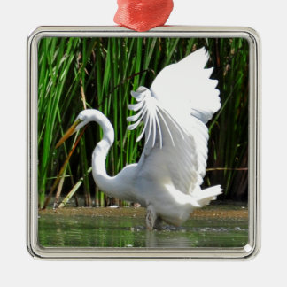 SWAN IN POND WITH OPEN WINGS, SWAN GIFTS METAL ORNAMENT