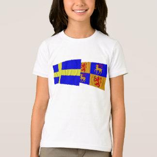 Sweden and Kalmar län waving flags T-Shirt