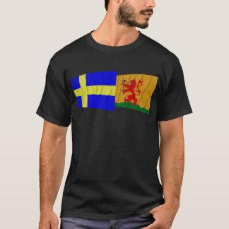 Sweden and Kronobergs län waving flags T-Shirt