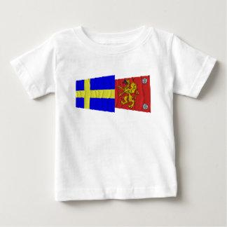 Sweden and Östergötlands län waving flags T-shirts